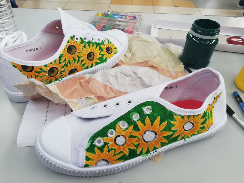 Creative Shoe Painting Workshop