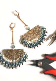DIY Chandelier Cleopatra Earrings Craft Box