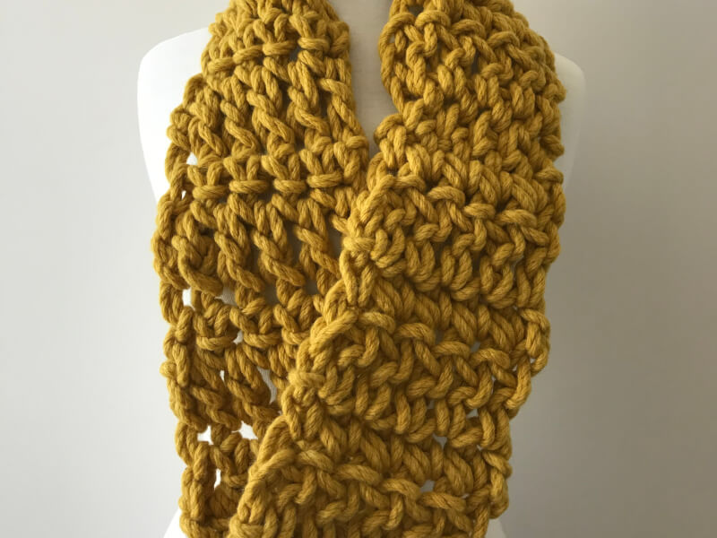 How to Crochet a Warm Heart Cowl