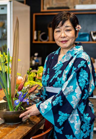 Ikebana Flower Arranging Class