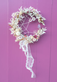 Make a Dream Catcher with Flowers and Crystal