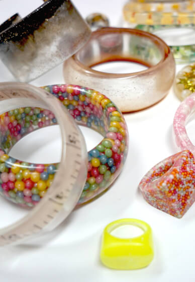 Mould Making and Resin Casting Jewellery Workshop