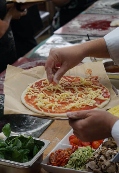 Pizza Making Class on King St Wharf