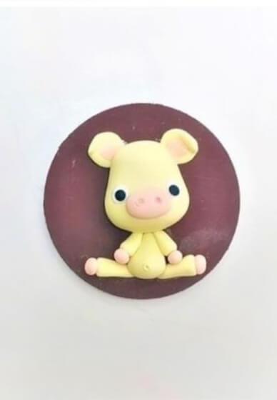 Sculpture Class for Kids: Piggy Fridge Magnet