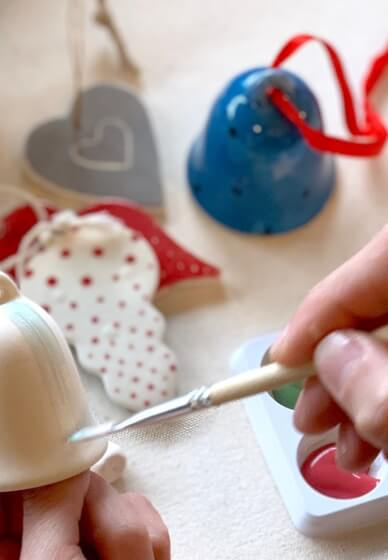 Sip and Paint Christmas Ceramics Class