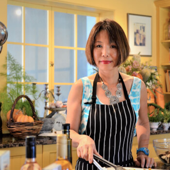 Sumi Saikawa, cooking teacher
